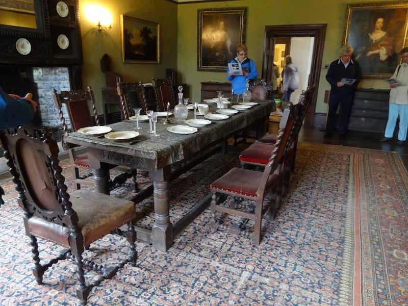 05-Dining room