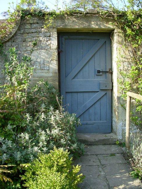 garden_door